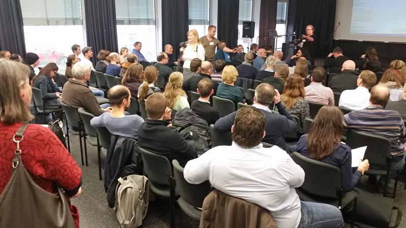 Stadtwikis bündeln Vor-Ort-Wissen für Flüchtlinge undHelfer